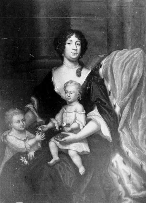 Ana Isabel y sus hijos