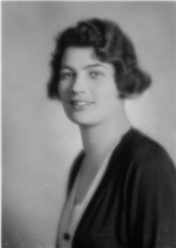 13568297 Maria Teresa de Schwarzenberg (1901-1935)