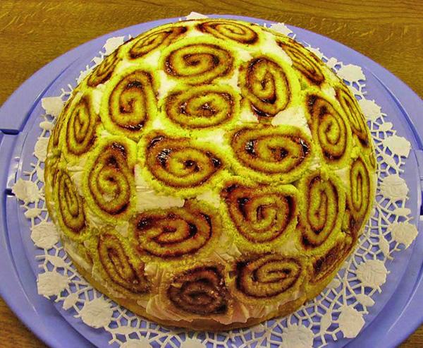 Торт из рулетов без выпечки рецепт пошагово в домашних условиях