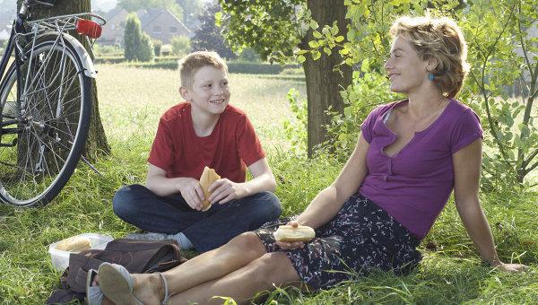 Порно фото взрослая дама и мальчик смотреть онлайн в hd 720 качестве  фотоография
