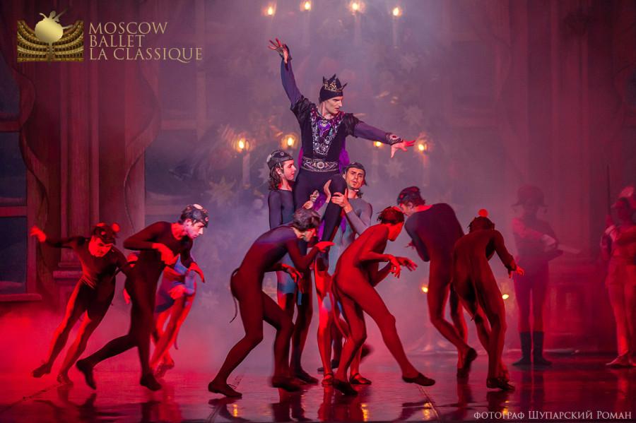 THE-NUTCRACKER-Ballet-La-Classique-54.jpg