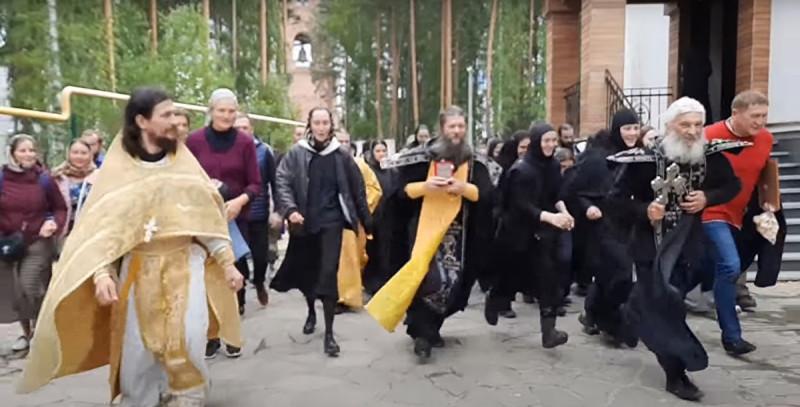 Крестный забег в Среднеуральском женском монастыре