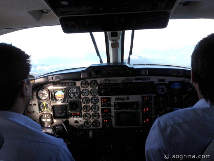 4-Everest-Flight-Pilot-by-Sogrina