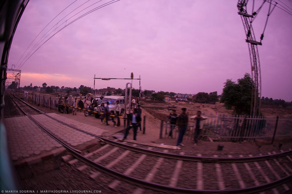 Varanasi by Mariya Sogrina-3