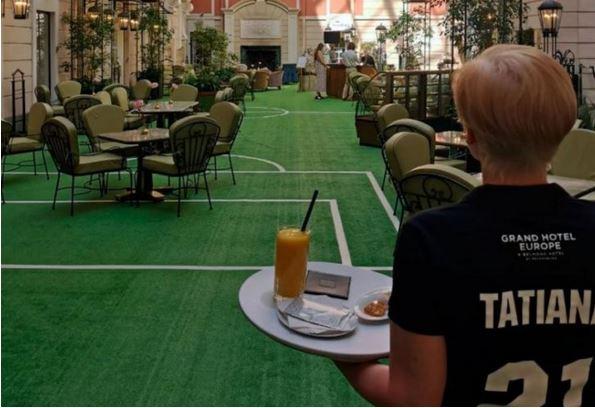Кафе «Мезонин» в «Гранд Отеле «Европа» – харчевня при пятизвездочном отеле