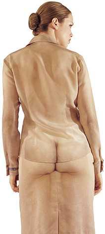 одежда секс треш голая принт германия маркетолухи