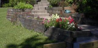 Front walkway planter
