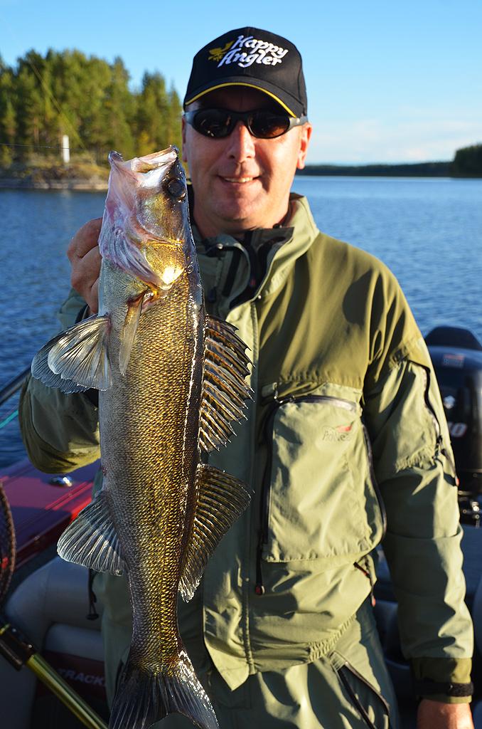 в какое время ловить рыбу зимой