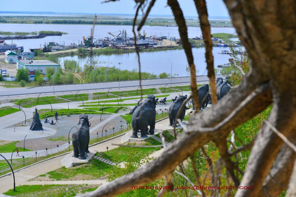 Ханты-Мансийск, Маркосян Усик   _2910x1942