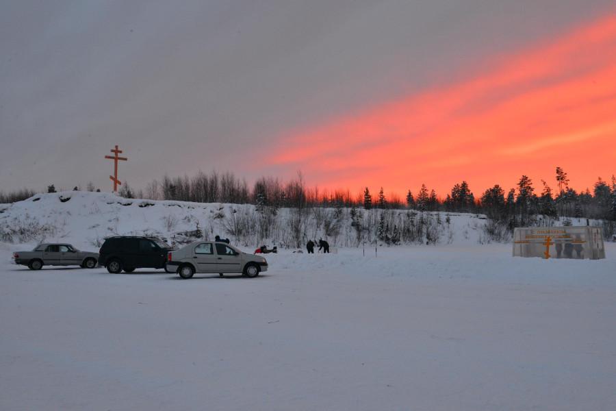 Фото Маркосян Усик, Крещенской Купель, у Креста, на реке Щекурья, Саранпауль3.