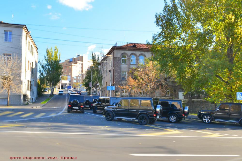 Фото Маркосян Усик, Ереван, нищета однако
