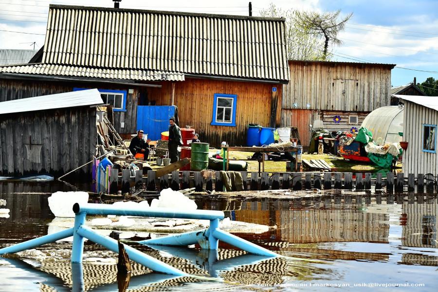 наводнение в Саранпауле. фото Усик Маркосян,,.