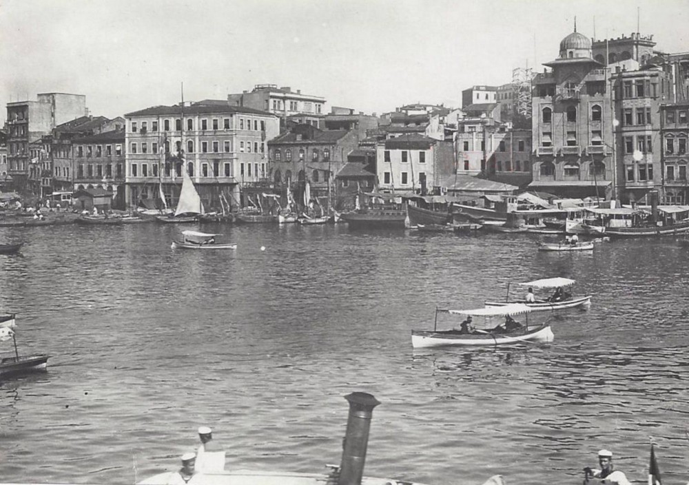 Dolmabahce.jpg