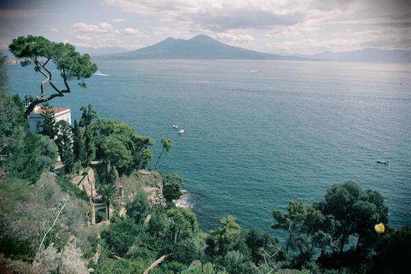 Но главная достопримечательность Неаполя – вид залива с Везувием