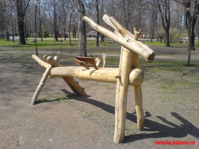 звери из дерева
