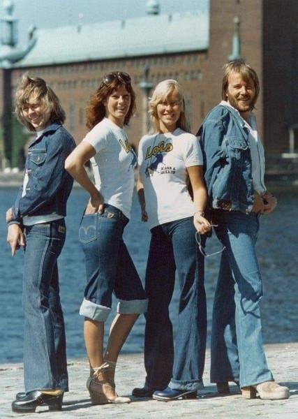 ABBA похоже джинсы рекламируют