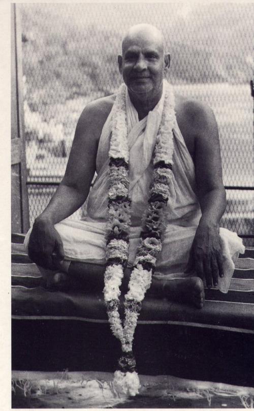 swamisivananda.jpg