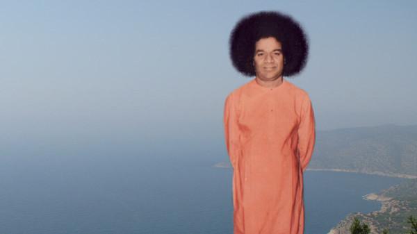Sathya-Sai-Baba-10