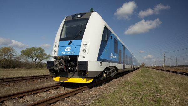 vlak_ElektrickA_jednotka_RegioPanter_51_
