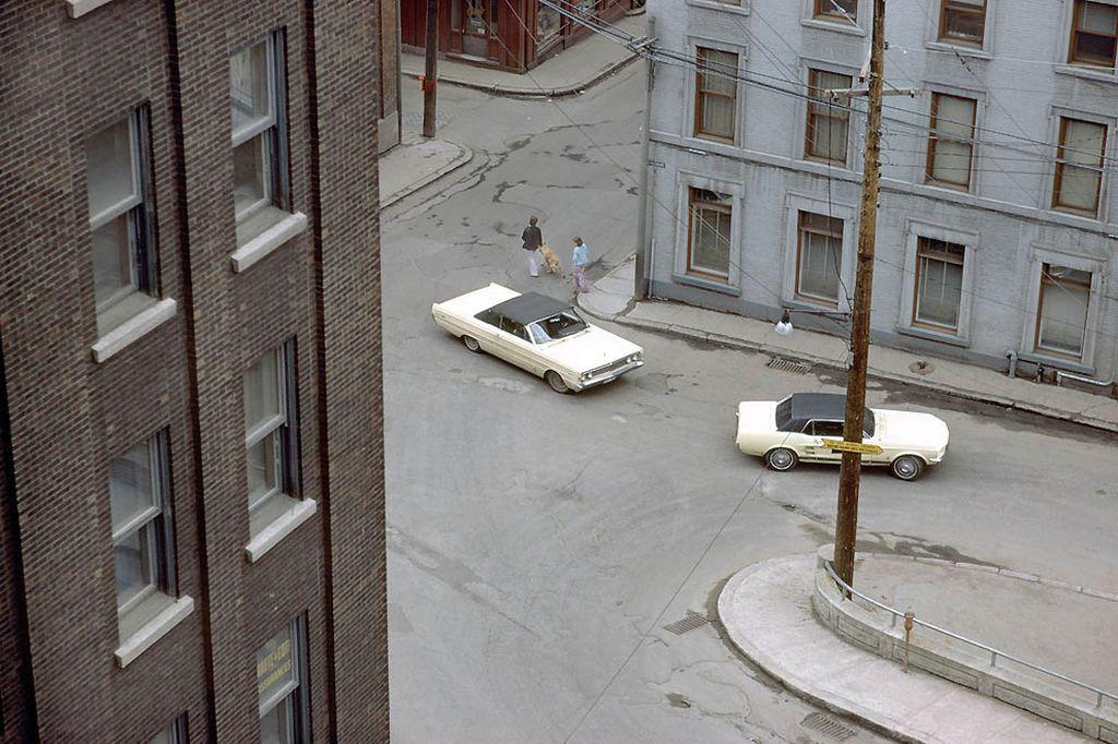 Вид из окна квебекской гостиницы, 1969-й год.