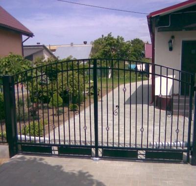 varstomi-vartai
