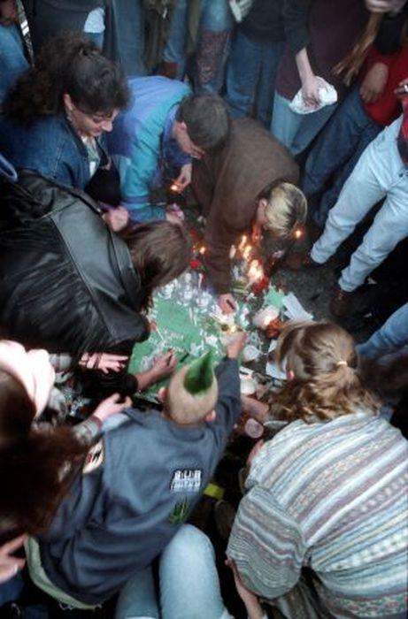kurt_cobain_suicide_scene_24