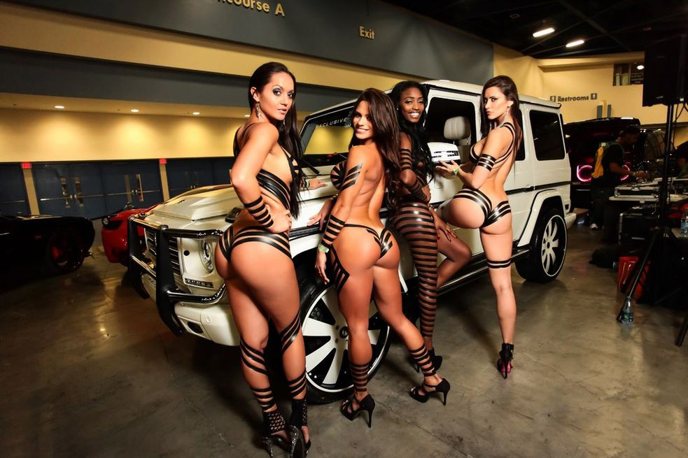 import-car-show-girls-nude