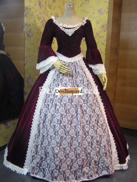 Victorian woman Clothing