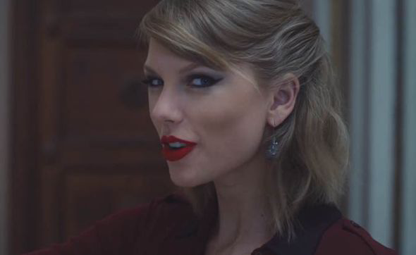 Taylor-Swift-Blank-Space-220510