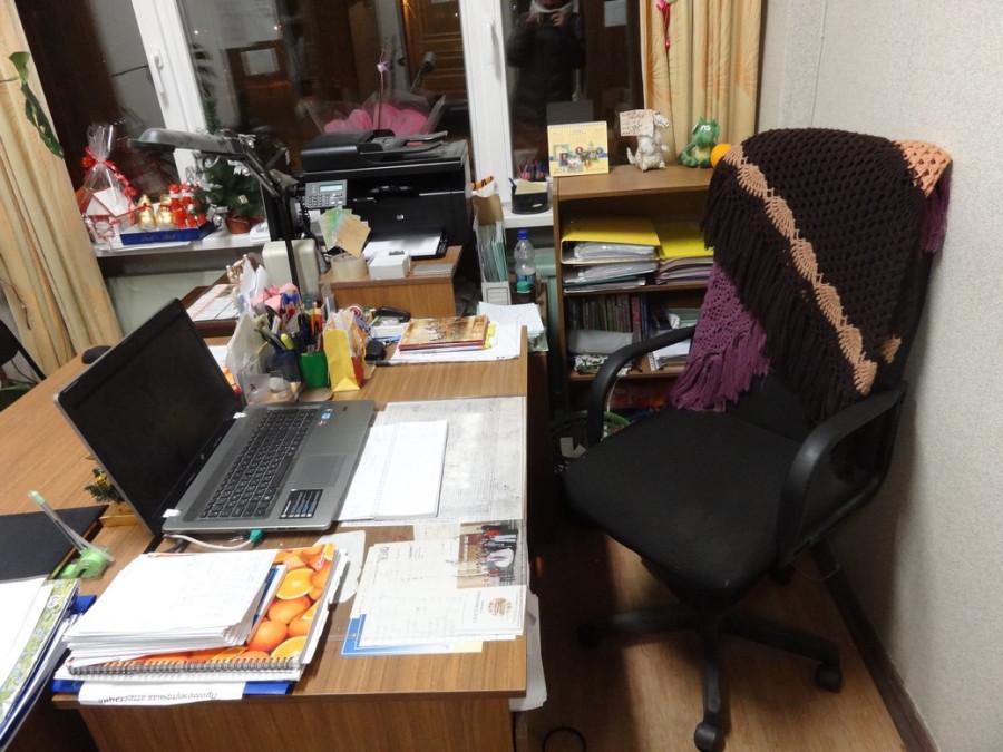 Рабочий стол приличный