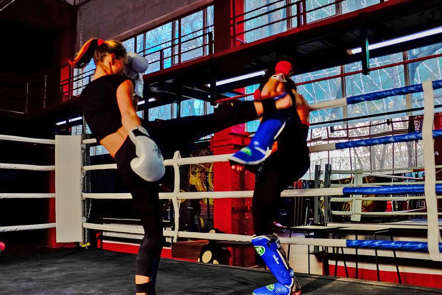 Девушки очень смотрятся на ринге фото 207-384