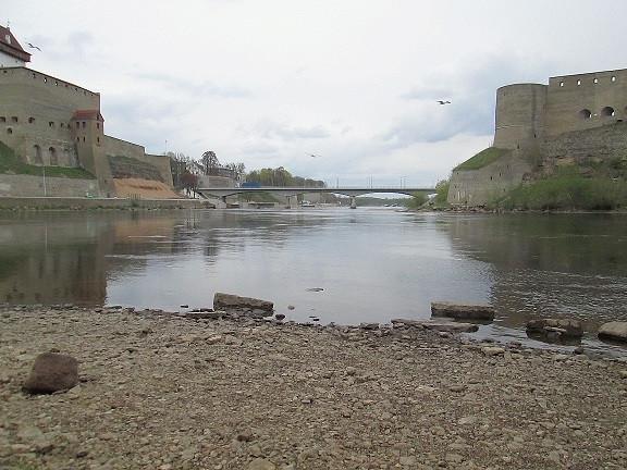река и граница