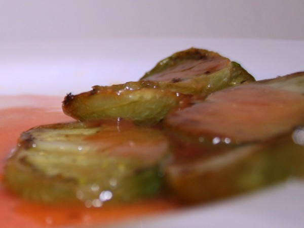Coulis tomato on fried green tomatoes