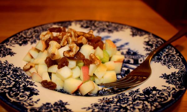Dry fruits quasi Waldorf salad with raisins