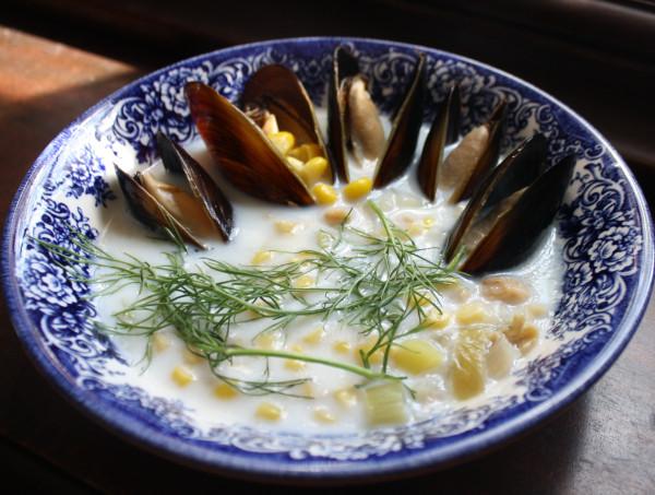 Corn mussel & clam chowder