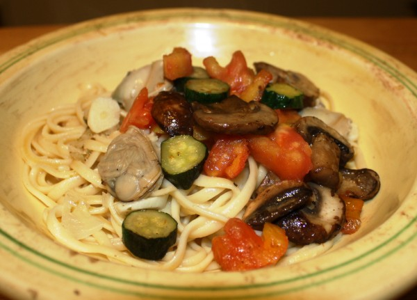 Pepin Linguine with Clam Sauce & Vegetables