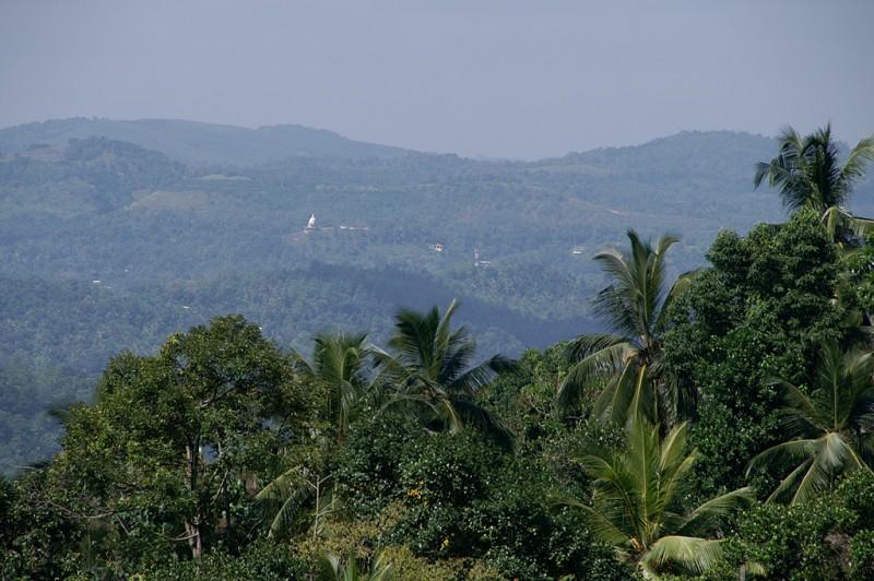 Пейзажи внутренней части острова, в районе Канди