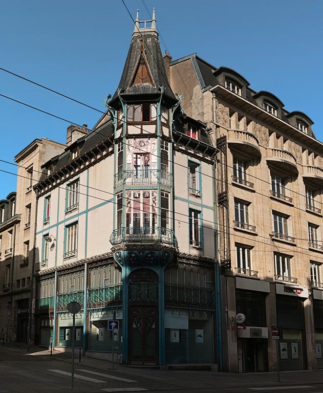 Ru-Saint-Jean_52_900