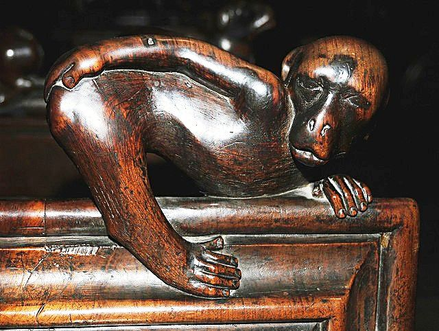 The choir stalls of the Collegiate Church of St. Ursus, Aosta, Italy. Misericords and sculptures_6