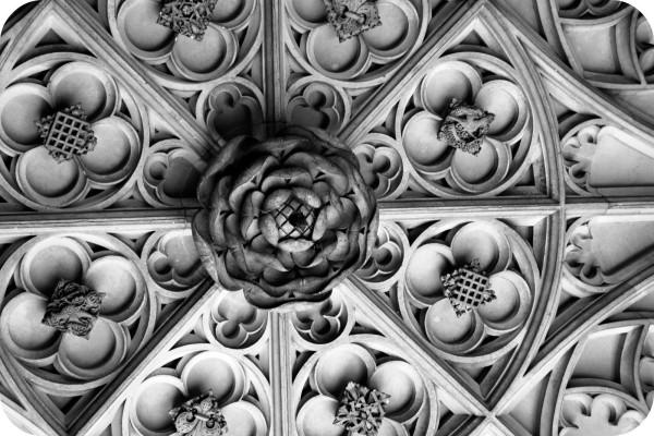 27_Tudor Rose Ceiling at Hampton Court B&W