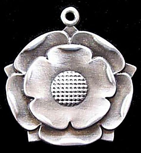 39_Tudor Rose Necklace