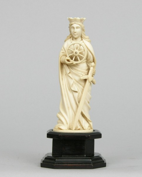 Fine European Carved Ivory Figurine of St. Catherine of Alexandria, ca. 18th Century