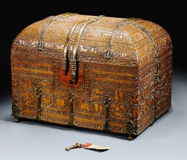 A Siculo-Arabic revival wood casket, Italy or Sicily, 19th century_1