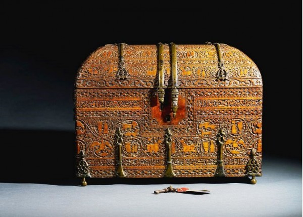 A Siculo-Arabic revival wood casket, Italy or Sicily, 19th century_2