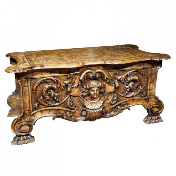 19th Century Italian Baroque Carved Cassone