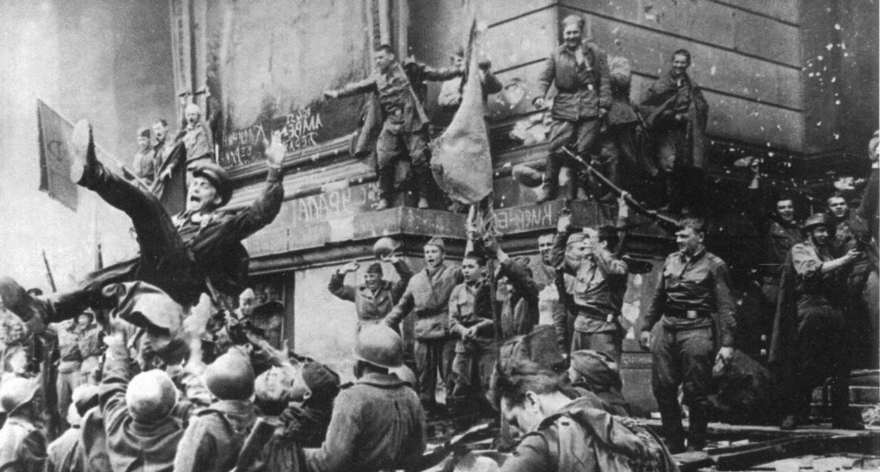 Почему День Победы не праздновали 17 лет?