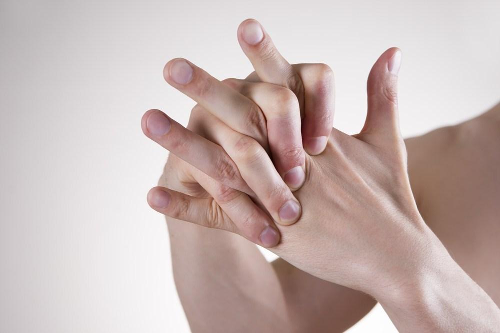 Щёлкать суставами пальцев чем лечат больные суставы