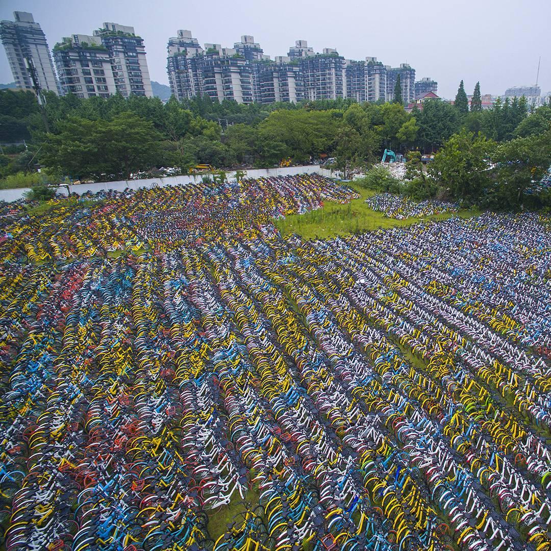 Гигантское кладбище велосипедов в Китае