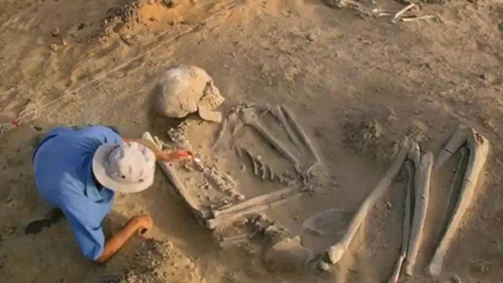 В Китае нашли кладбище великанов