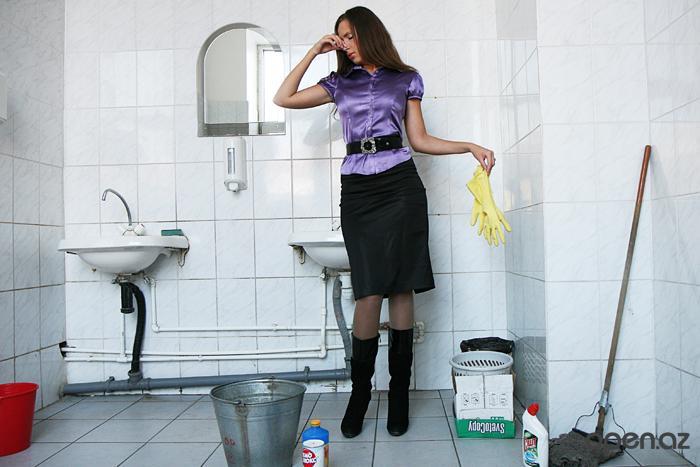 Как американские дипломаты в России туалеты мыли